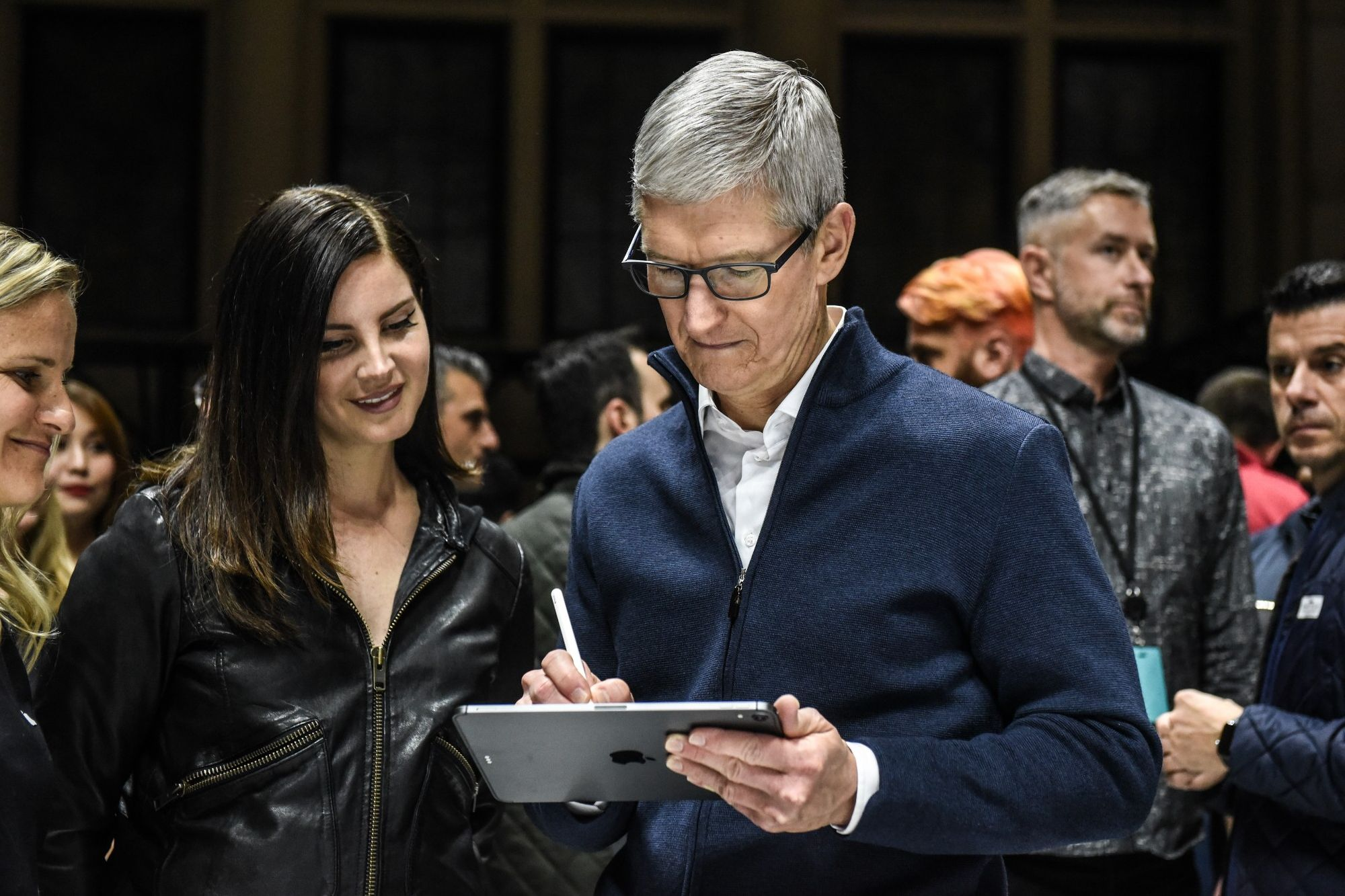 20181102213639 GettyImages 1055498568 - Apple Spooked Analysts Last Night With a New Announcement. Here's How.
